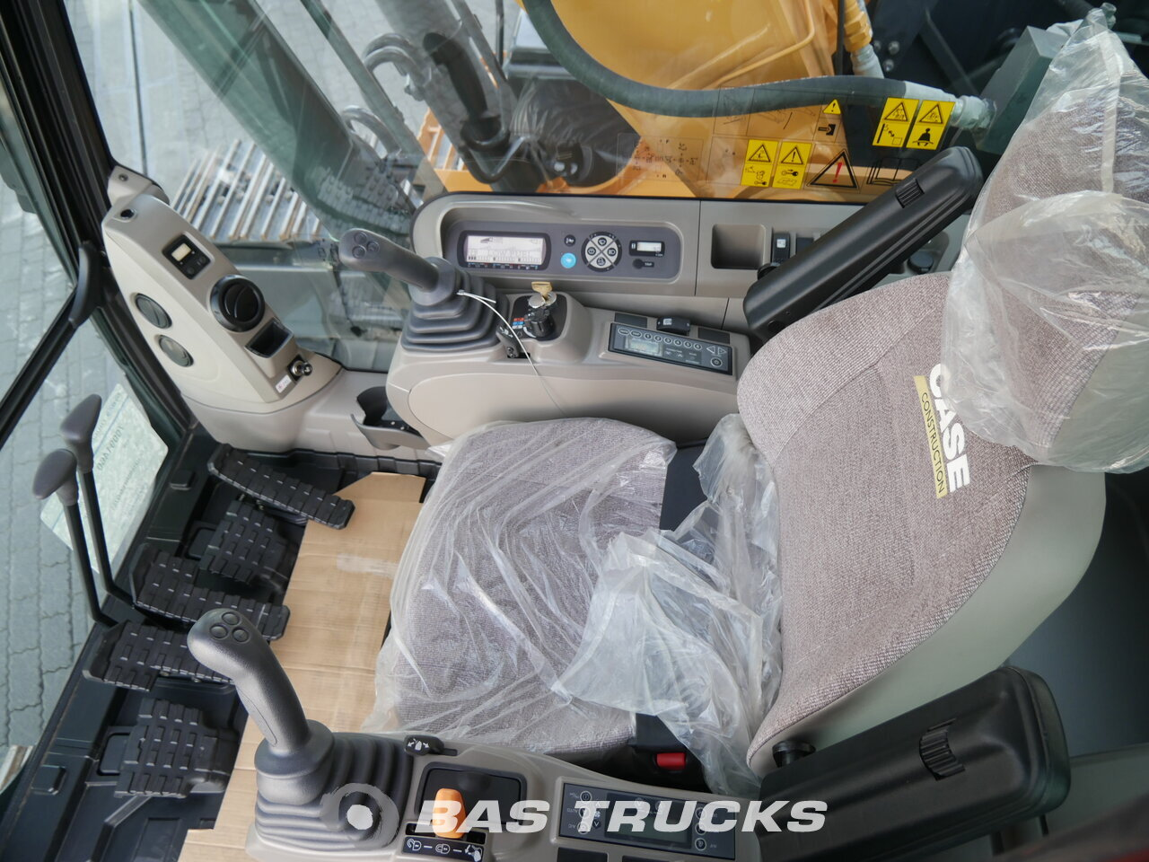 photo of Used Construction equipment Case CX210B Track 2017