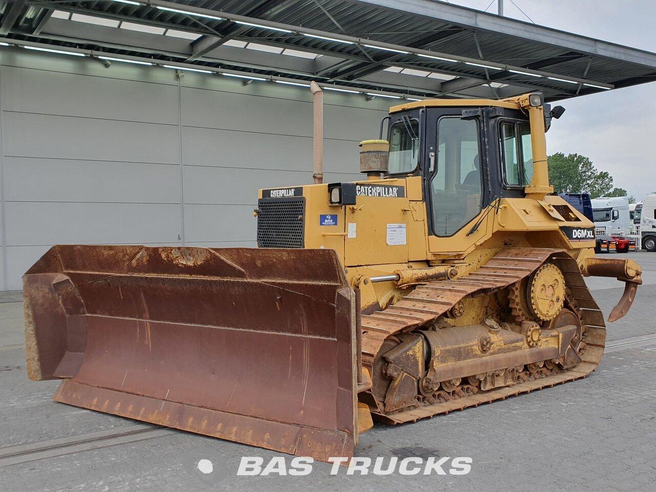 For sale at BAS Trucks: Caterpillar D6M XL Pat blade Track 01/1996