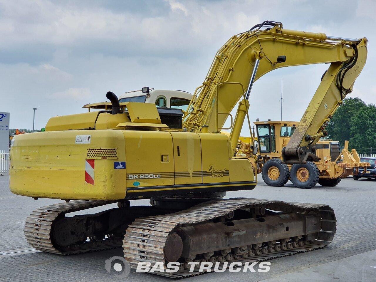 For sale at BAS Trucks: Kobelco SK 250 LC Track 01/2003