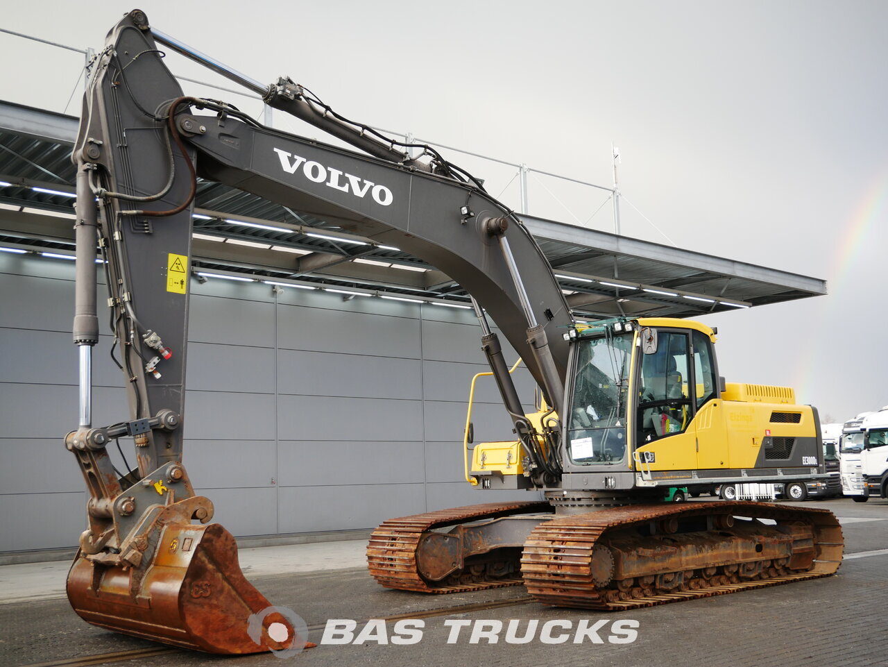 photo of Used Construction equipment Volvo EC300DL Track 2014