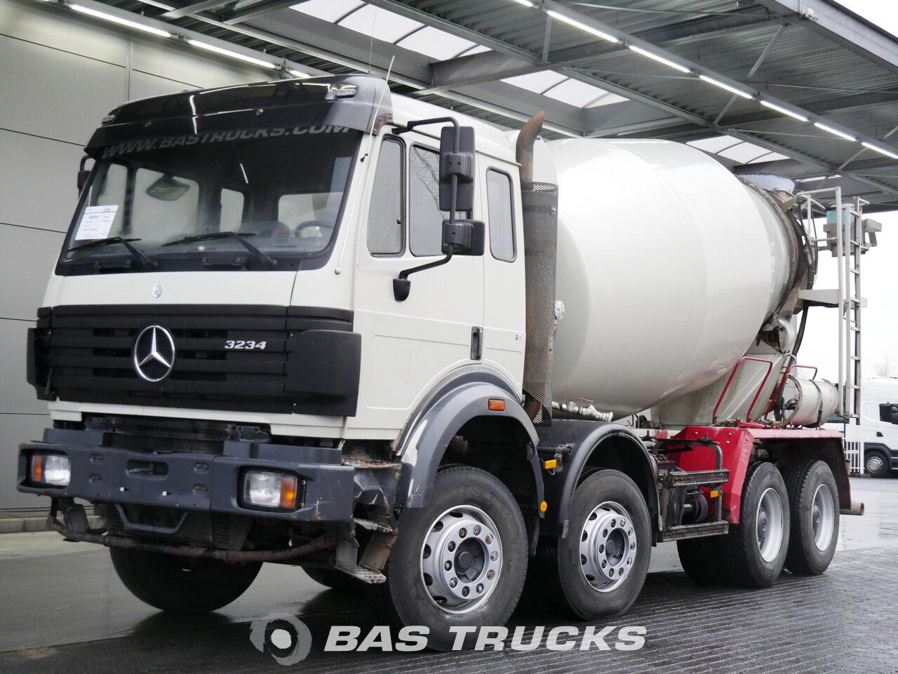 Fénykép: Used Kamion Mercedes 3234 B 8X4 2000