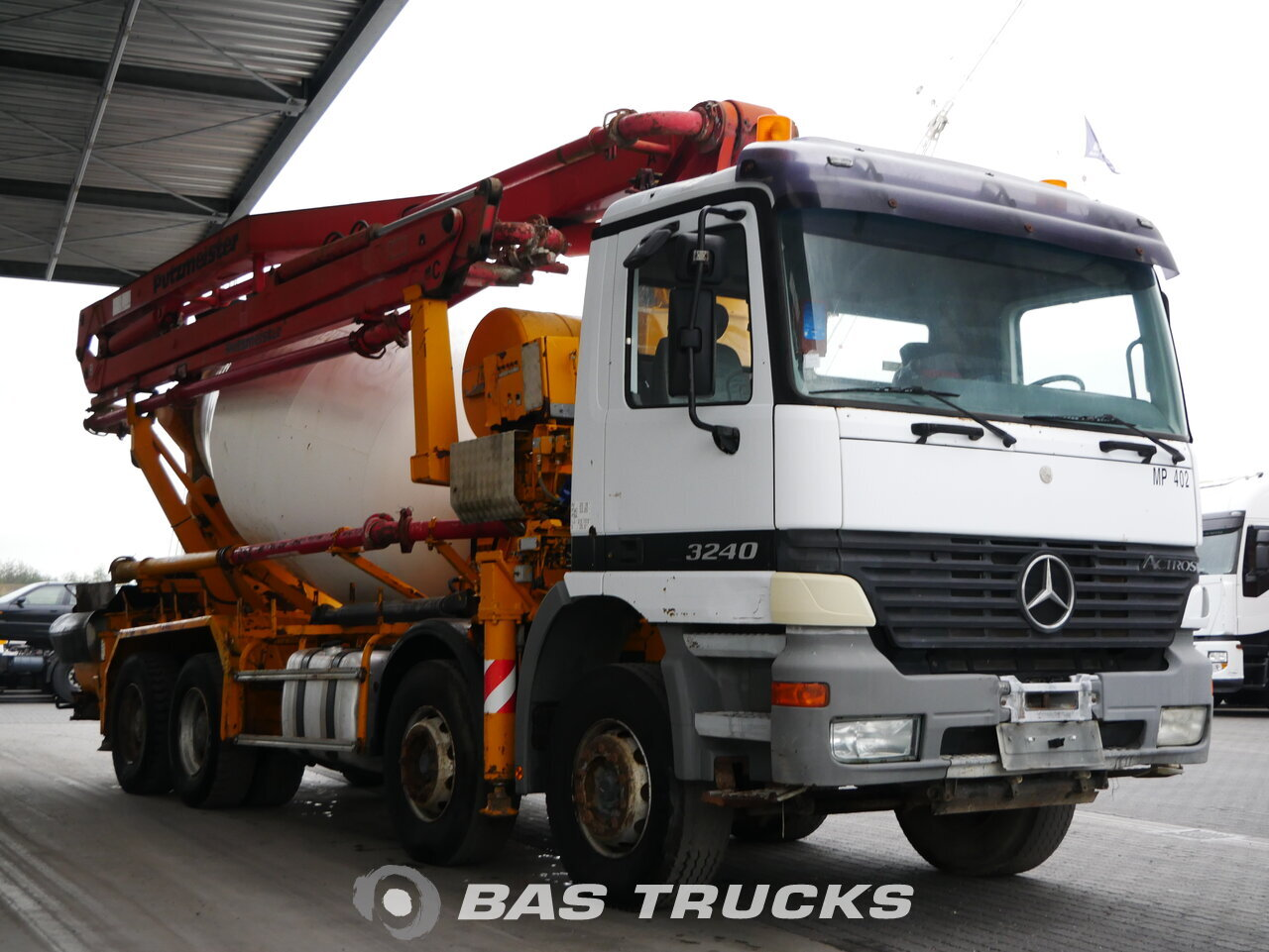 Fénykép: Used Kamion Mercedes Actros 3240 S 8X4 1999