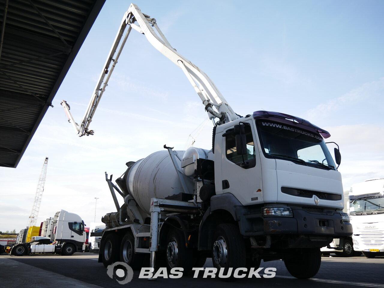 Fénykép: Used Kamion Renault Kerax 420 8X4 2003