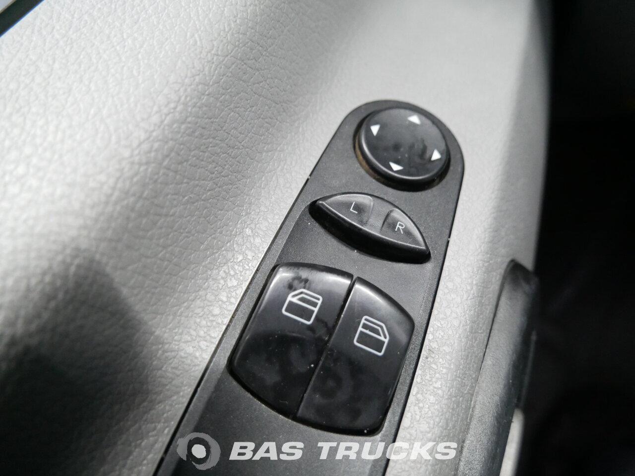 Fénykép: Used Kombi vozila Mercedes Sprinter 2010