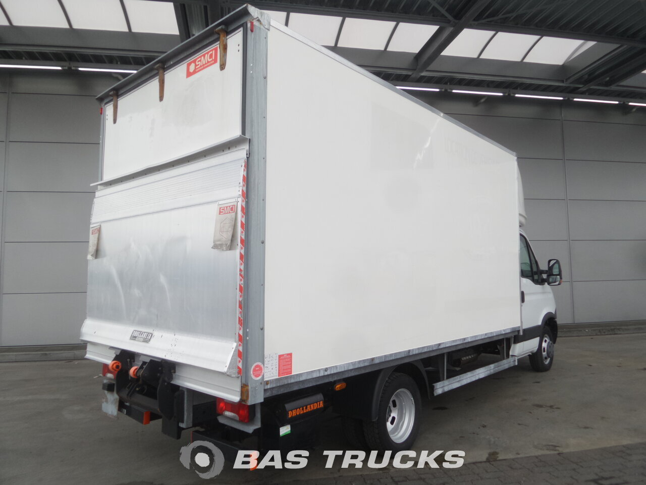 iveco daily light commercial vehicle 17900 bas trucks. Black Bedroom Furniture Sets. Home Design Ideas