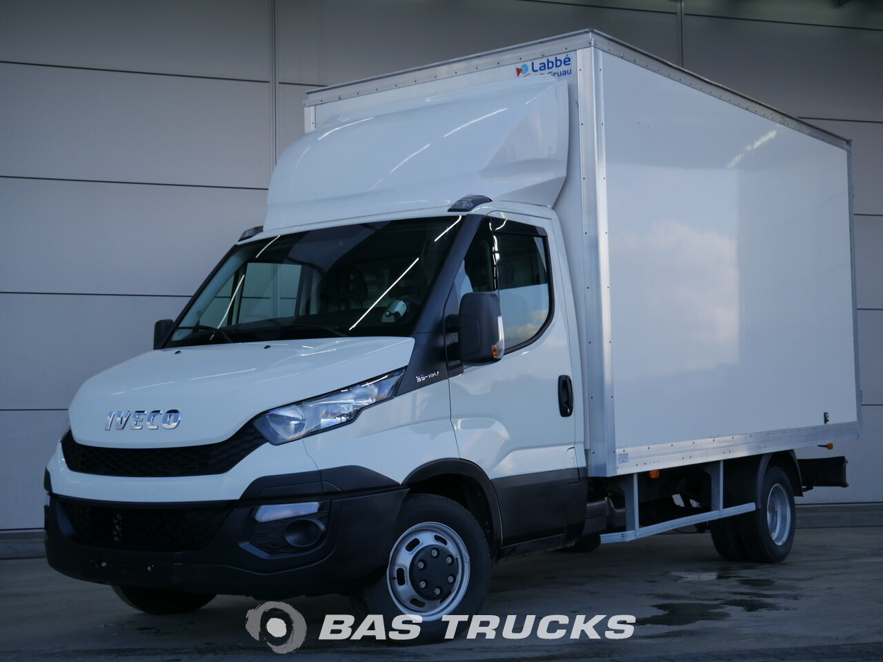 iveco daily light commercial vehicle 19800 bas trucks. Black Bedroom Furniture Sets. Home Design Ideas