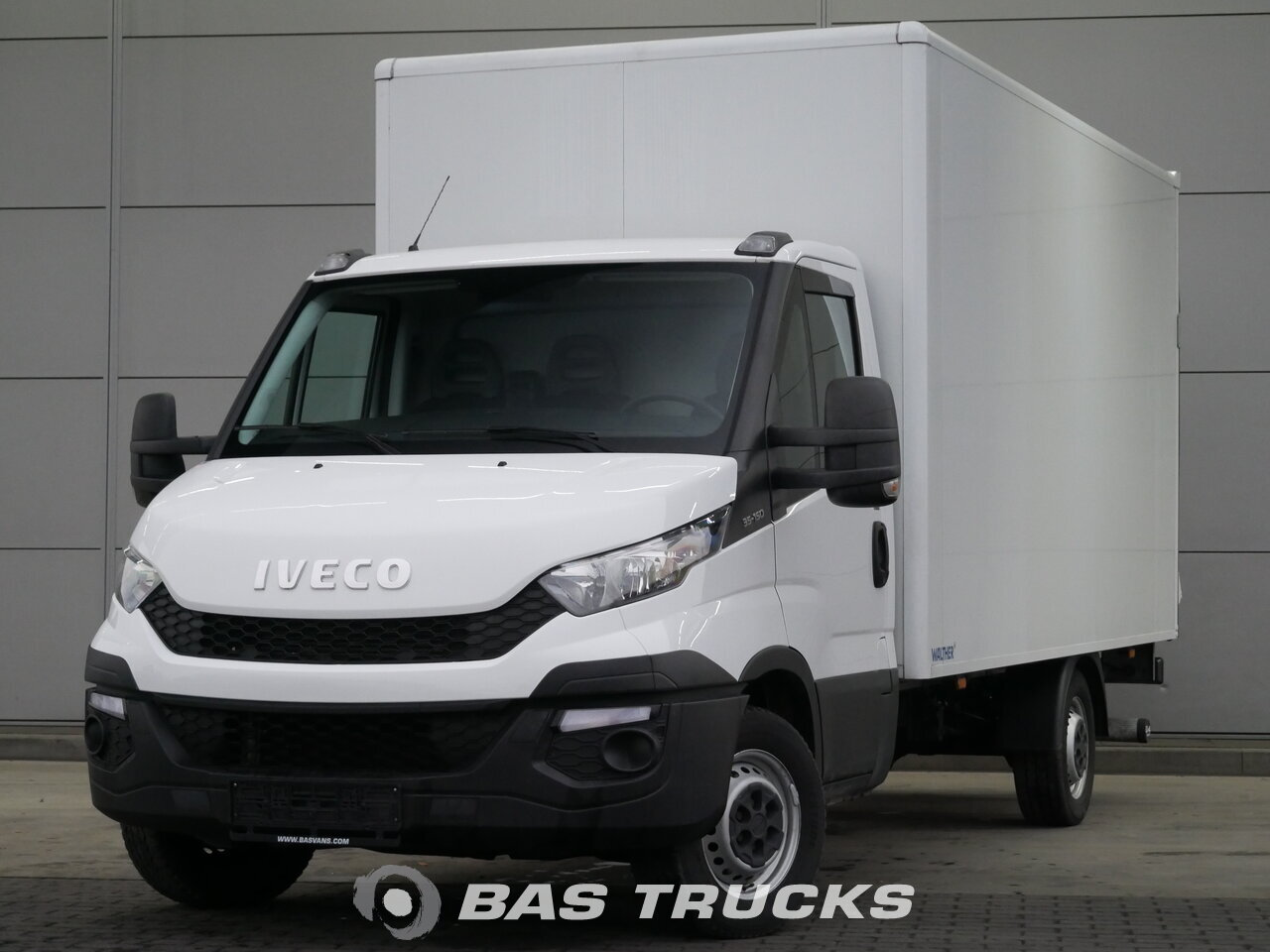 Iveco daily light commercial vehicle euro norm 5 20900 bas trucks photo of used light commercial vehicle iveco daily 2015 aloadofball Image collections