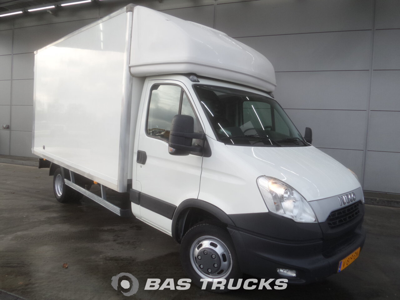 iveco daily 35c15 light commercial vehicle 17400 bas trucks. Black Bedroom Furniture Sets. Home Design Ideas