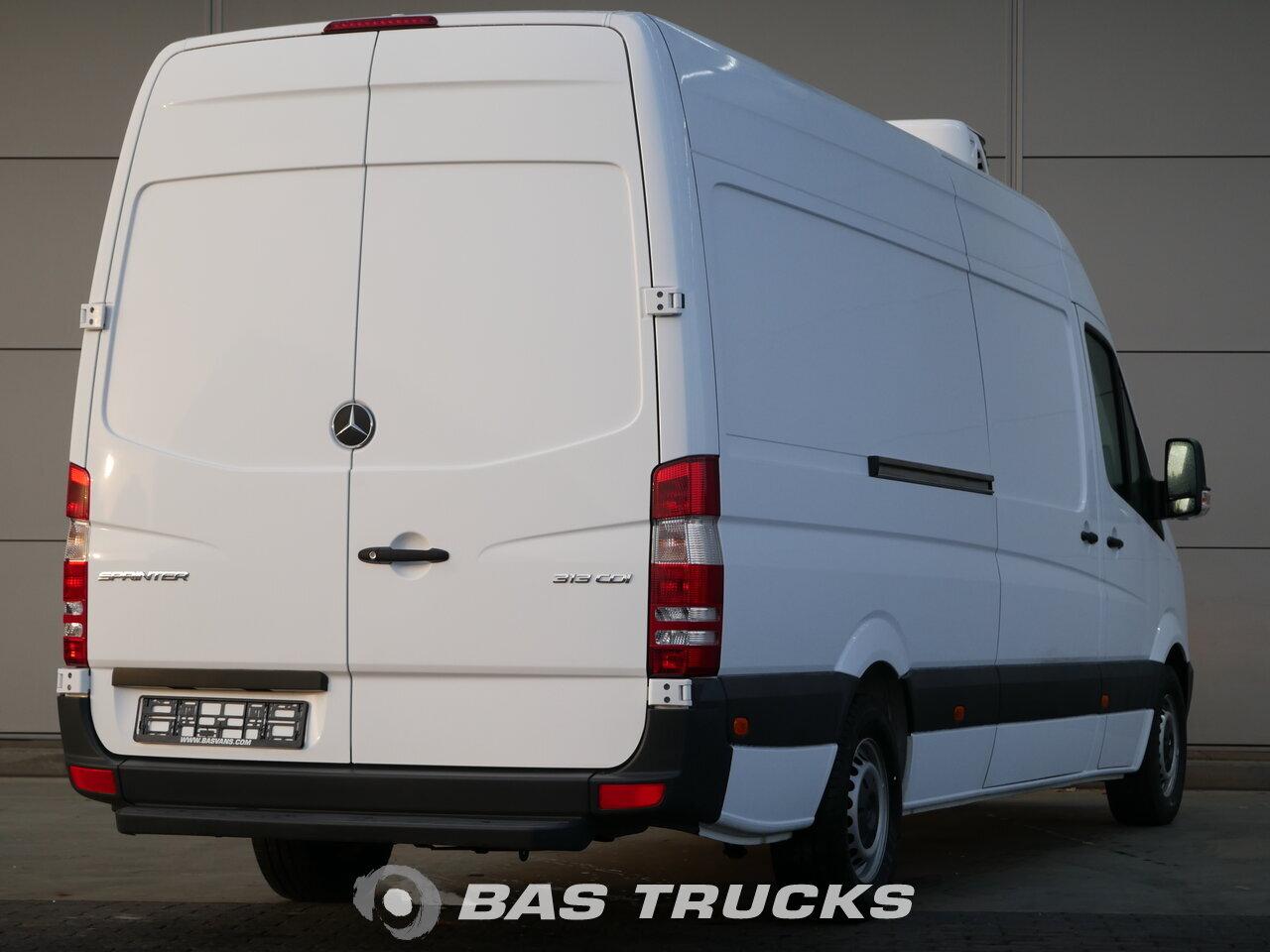 mercedes sprinter light commercial vehicle bas trucks. Black Bedroom Furniture Sets. Home Design Ideas