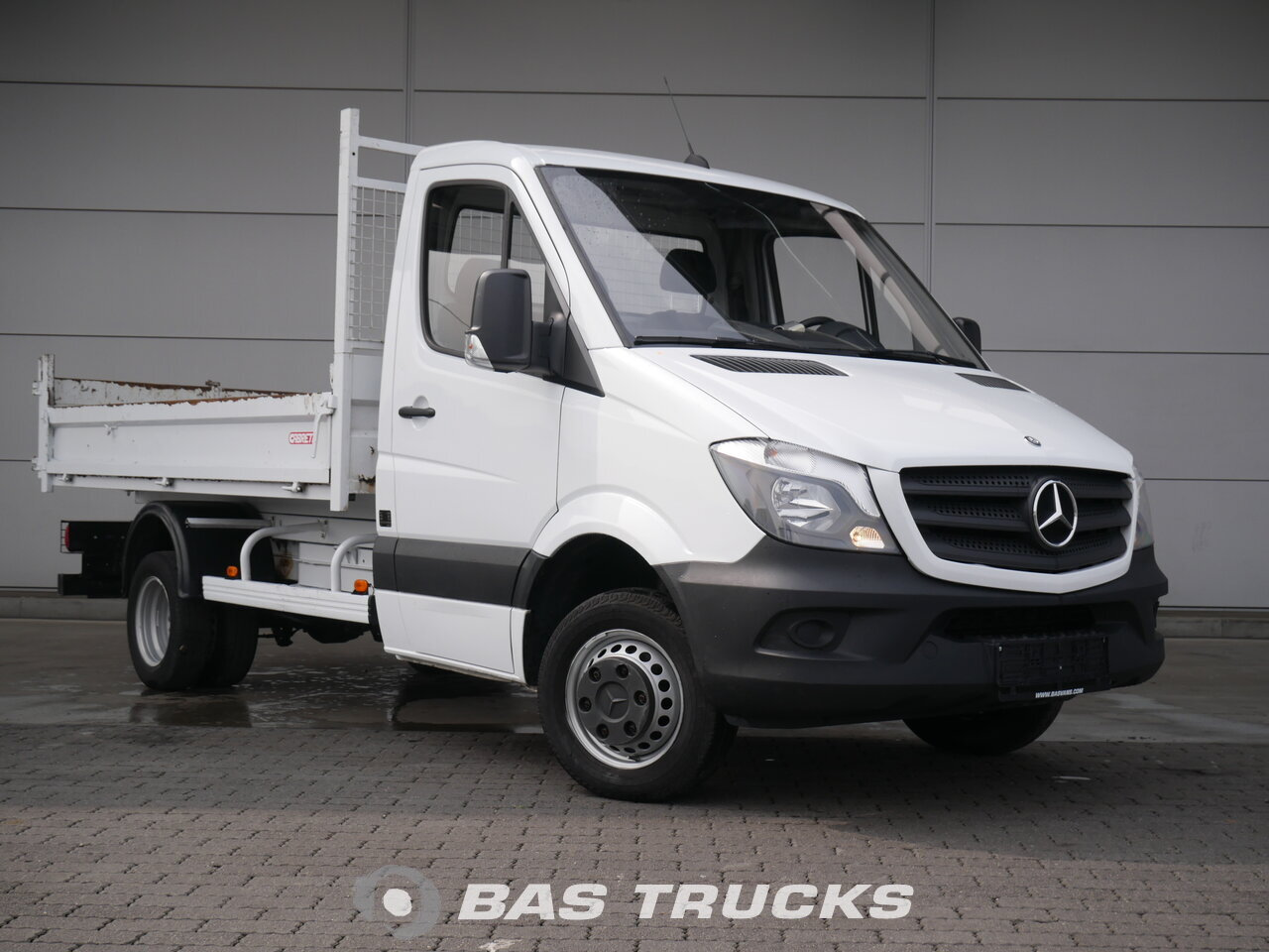 mercedes sprinter 513 cdi light commercial vehicle bas trucks. Black Bedroom Furniture Sets. Home Design Ideas