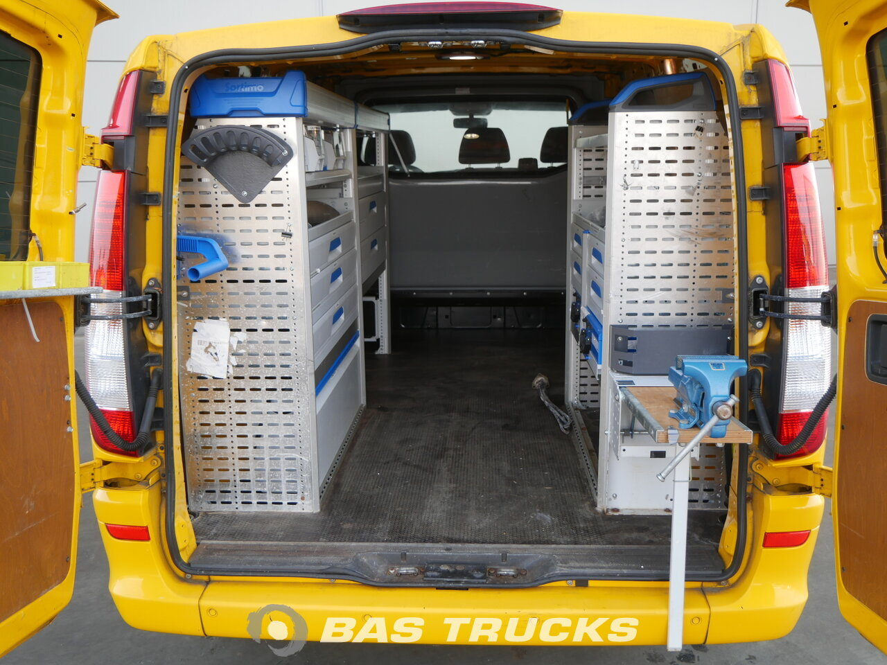 photo of Used Light commercial vehicle Mercedes Vito 2013