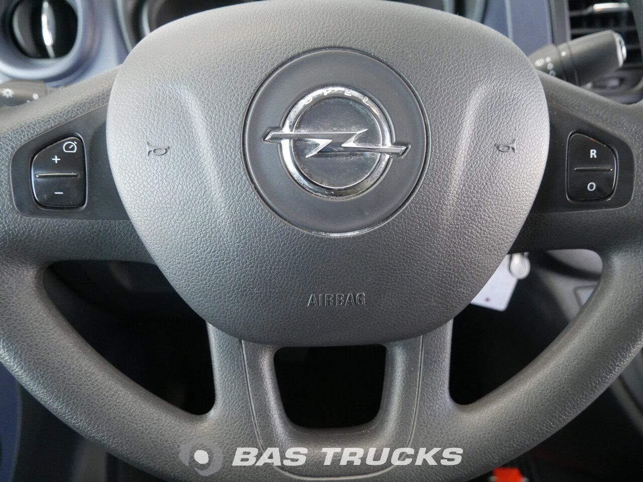 photo of Used Light commercial vehicle Opel Vivaro 2016