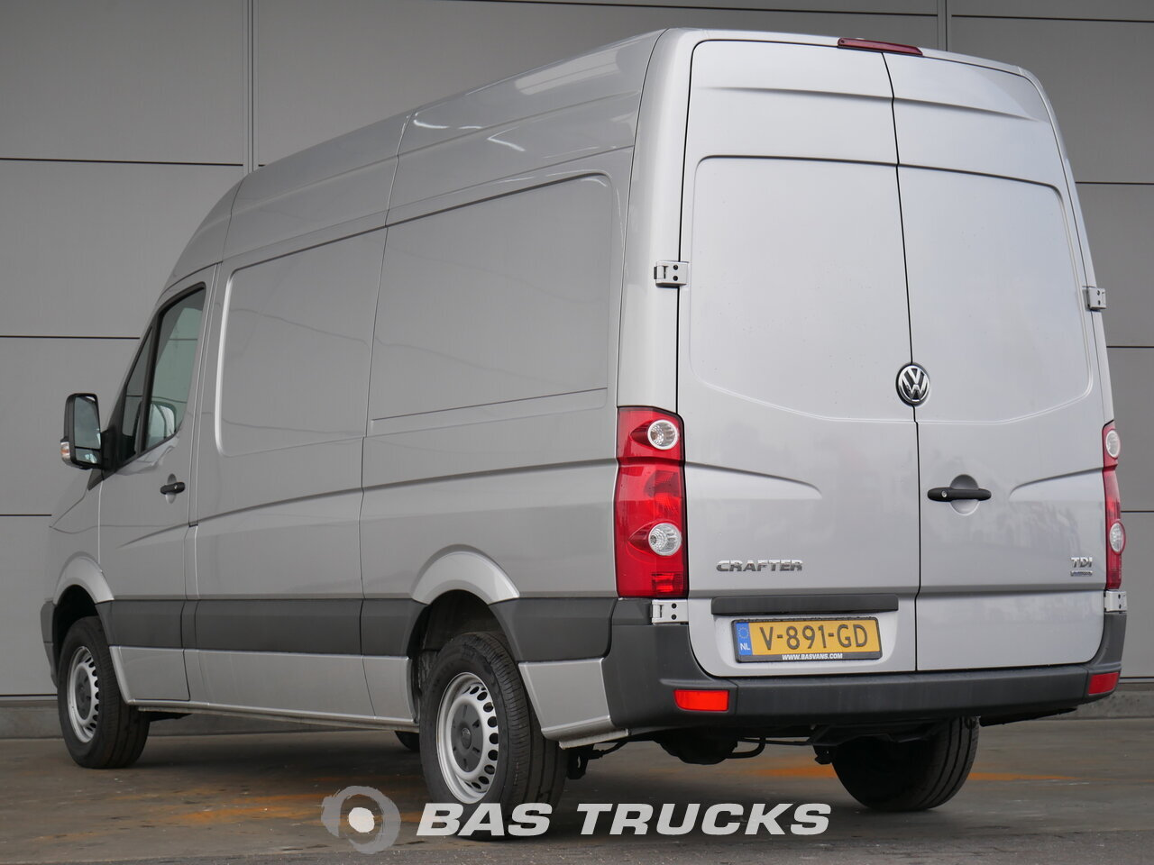 photo of Used Light commercial vehicle Volkswagen Crafter 2015