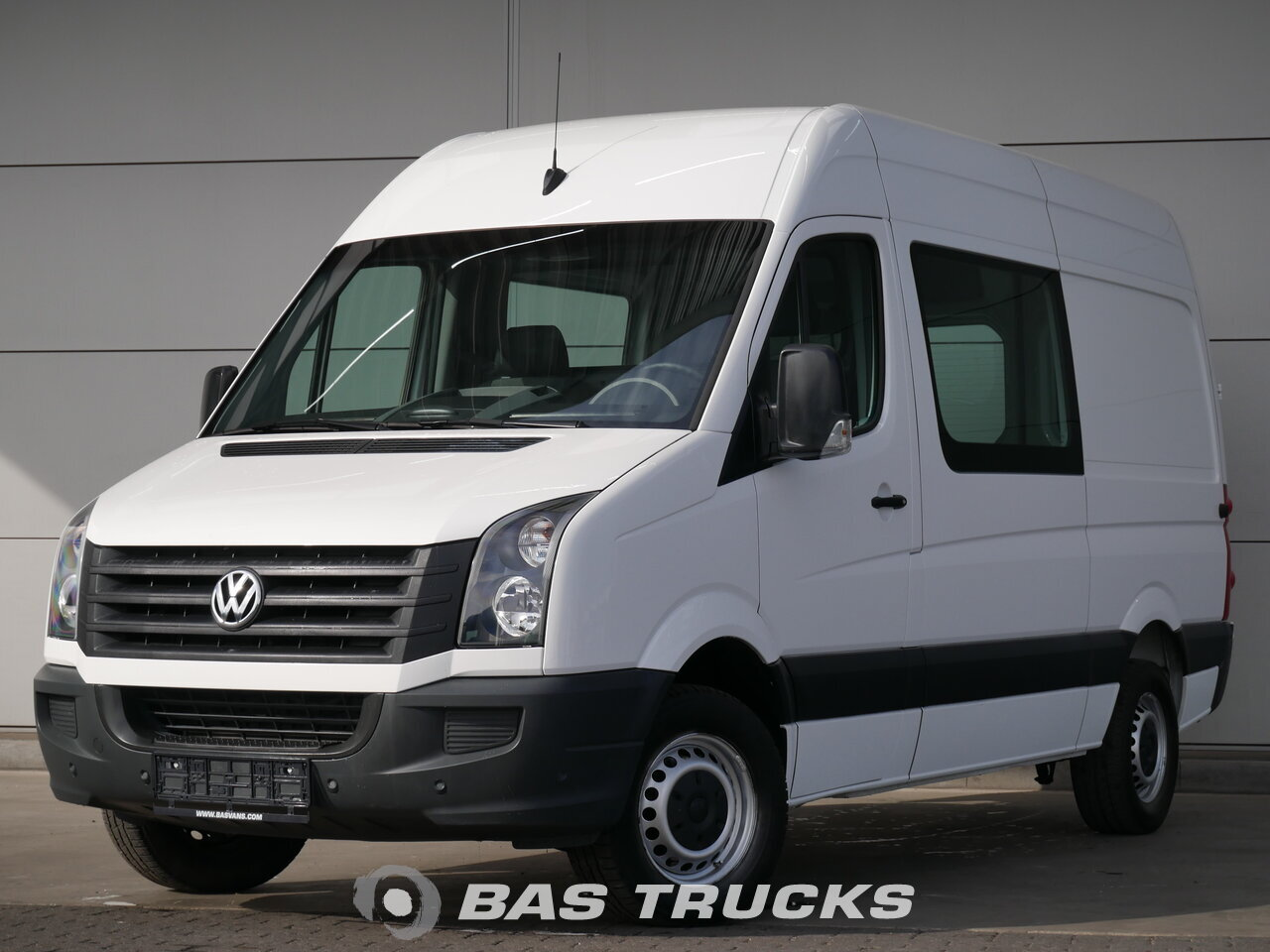 photo of Used Light commercial vehicle Volkswagen Crafter 2016