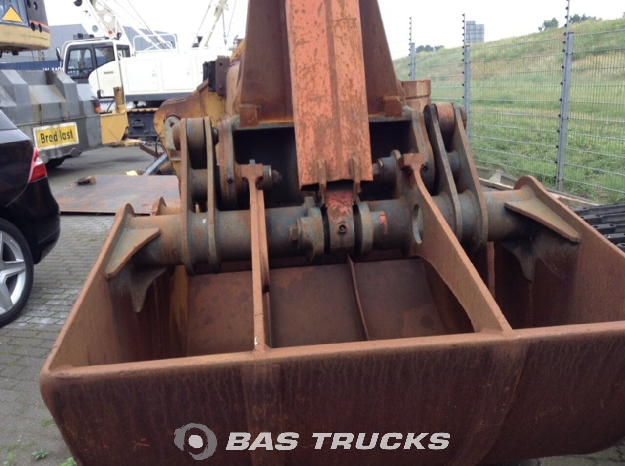 photo of Used Machinery attachments Grijper - Clamshell bucket 1970