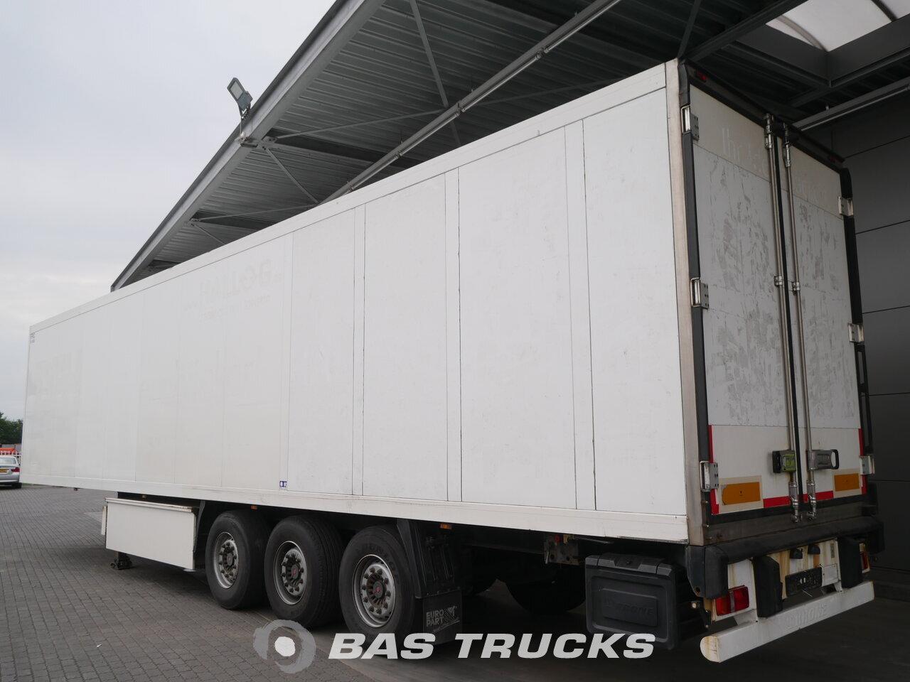 Fénykép: Used Poluprikolica Krone Carrier Maxima 1300 Liftachse Doppelstock Palettenkasten SD Osovine 2009