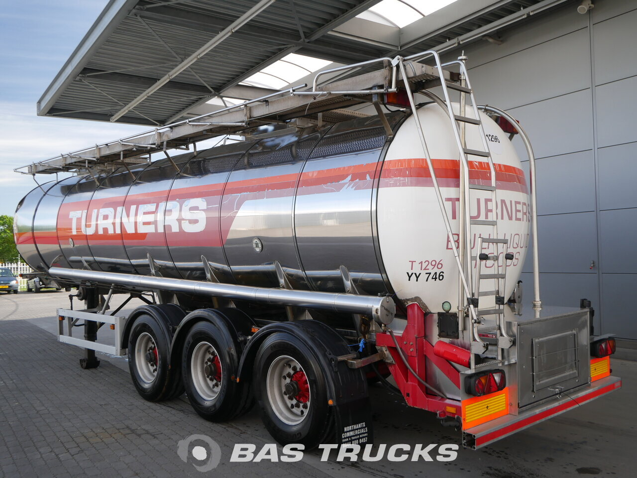 photo of Used Semi-trailer Feldbinder TSA 28.3-1 Axels 2000