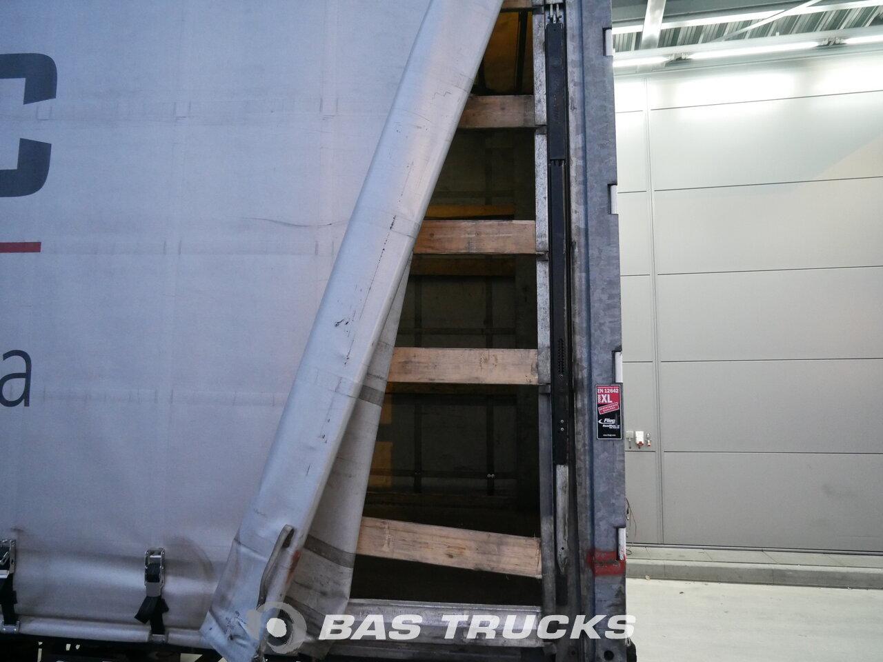 photo of Used Semi-trailer Fliegl Liftachse Mega Coil Hubdach SDS 350 Axels 2011