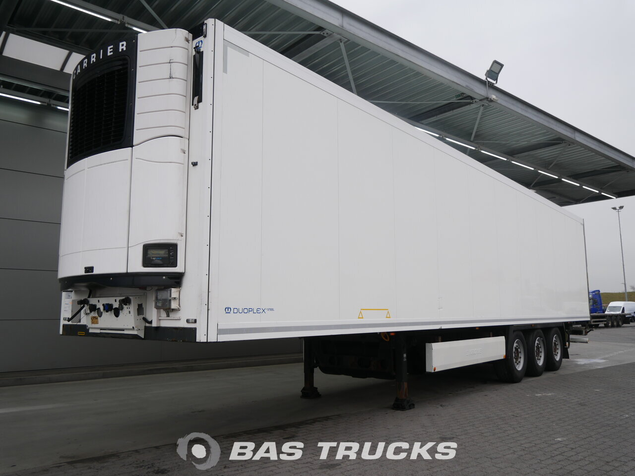 photo of Used Semi-trailer Krone SD 3 Axels 2012
