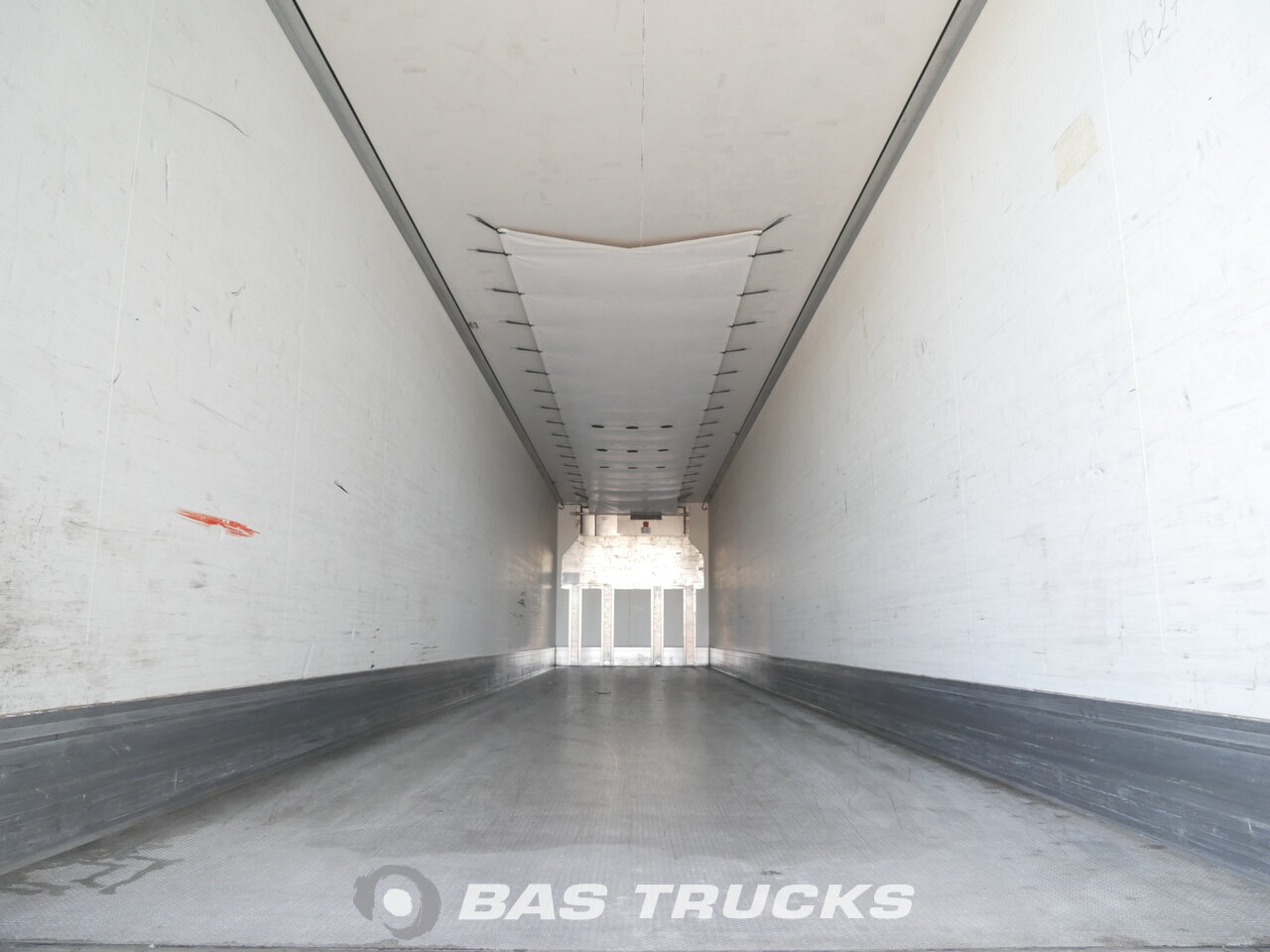photo of Used Semi-trailer Krone SD Axels 2013