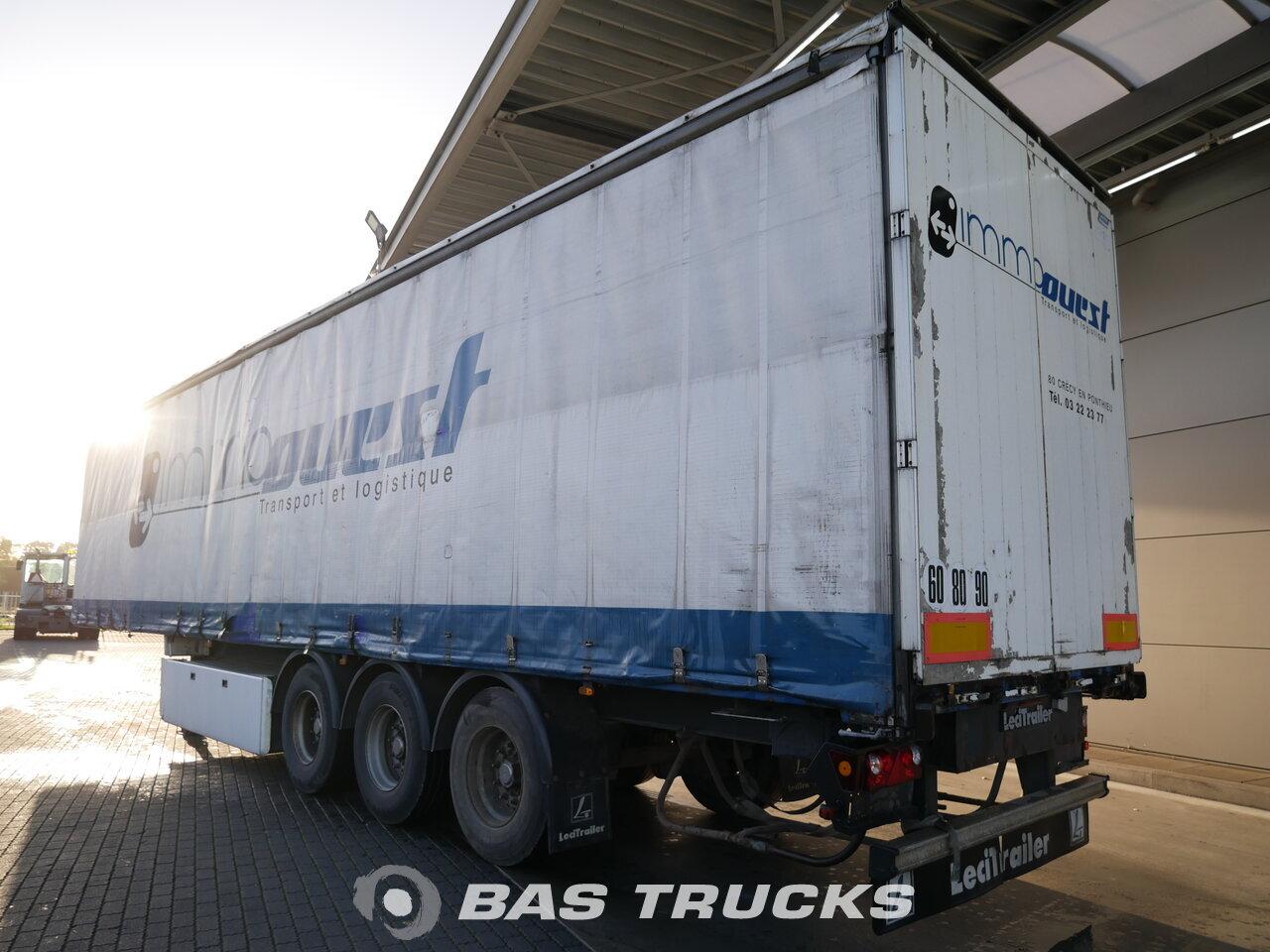 photo of Used Semi-trailer Leci trailer Palettenkasten hartholzboden Anti-Vandalimus-Plane P3S Axels 2007