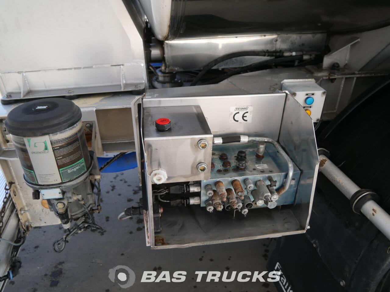 photo of Used Semi-trailer Magyar Milk Milch 27.000 Ltr Lenkachse 33HAZSP Axels 2010