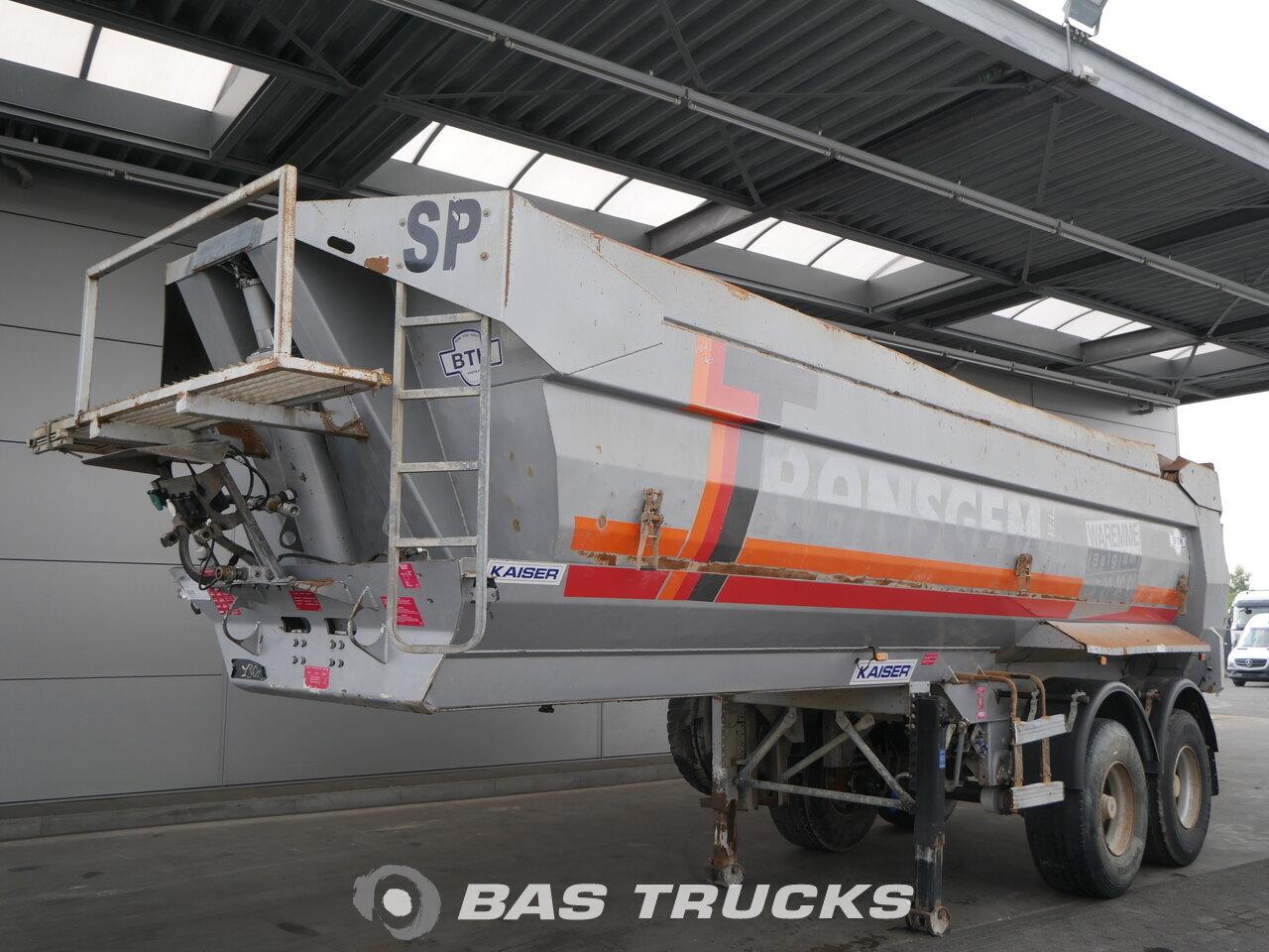 photo of Used Semi-trailer Robuste Kaiser 28m3 S3302V37 Axels 2007