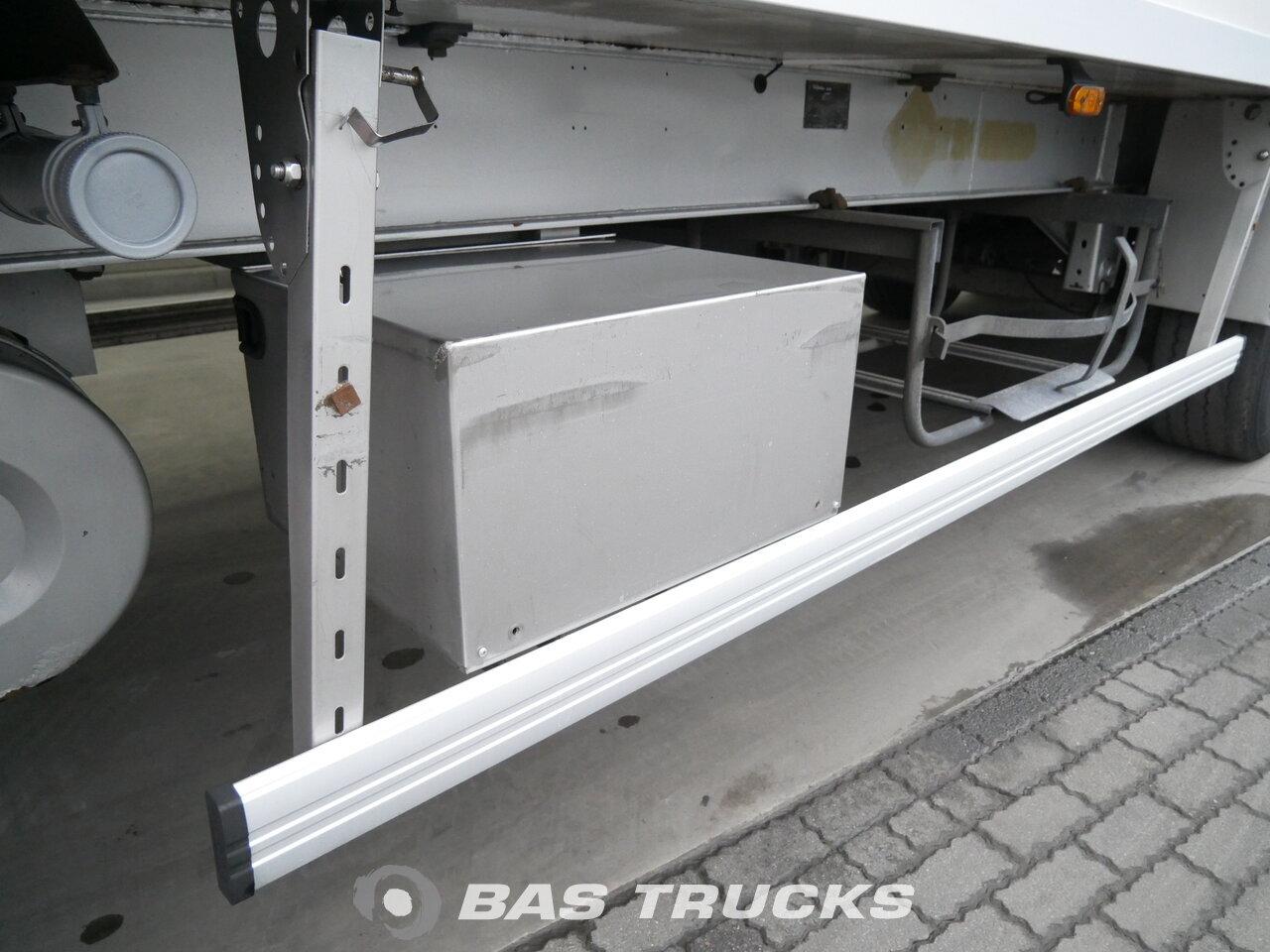 photo of Used Semi-trailer Samro Doppelverdampfer SR334FR Axels 2006