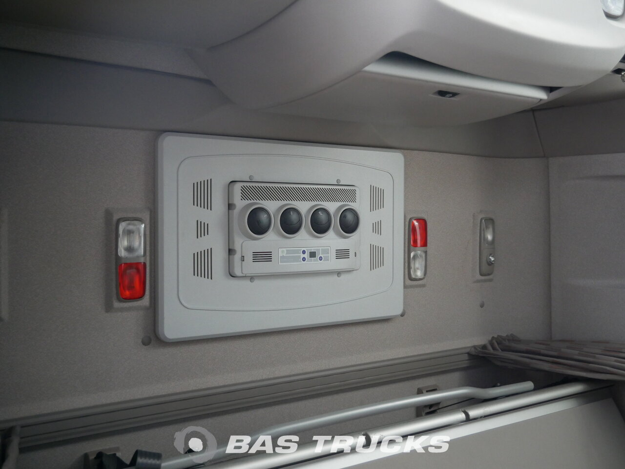 photo of Used Tractorhead DAF XF 460 SSC Garantie Dortmund-DE 4X2 2015
