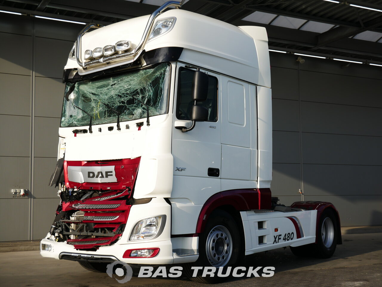 For sale at BAS Trucks: DAF XF 480 SSC Unfall 4X2 12/2017
