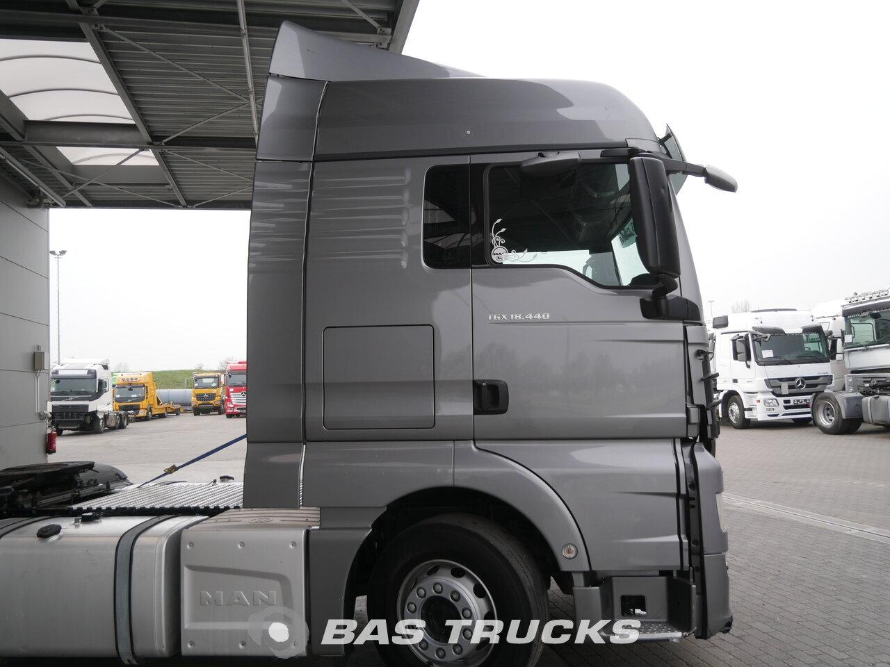 photo of Used Tractorhead MAN TGX 18.440 Kleine Frontschaden 4X2 2016