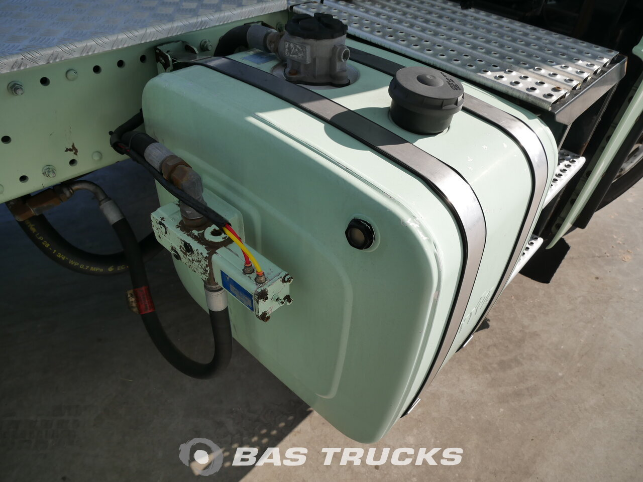 photo of Used Tractorhead MAN TGX 18.440 XLX 4X2 2009