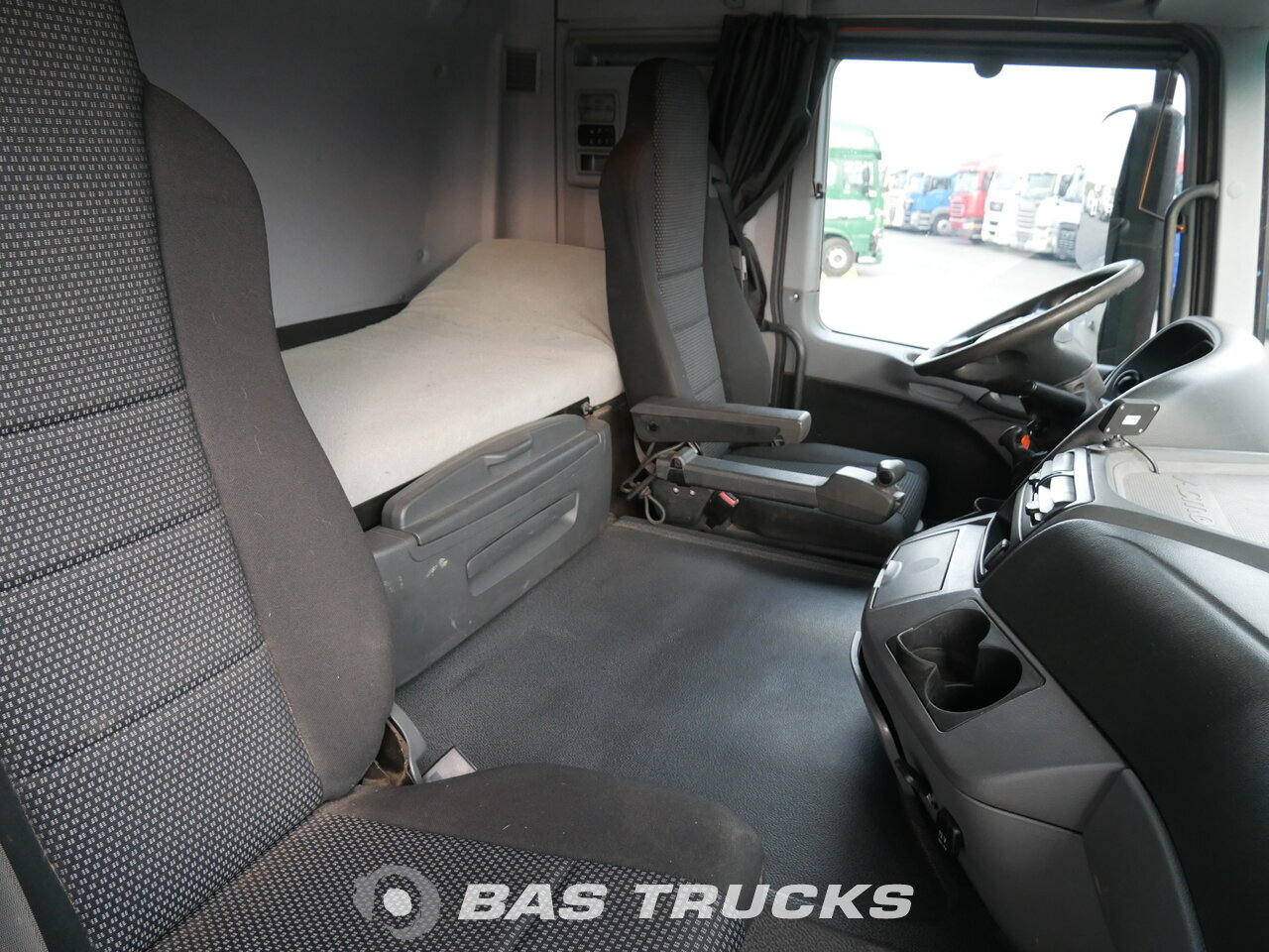 photo of Used Tractorhead Mercedes Actros 1841 LS 4X2 2011