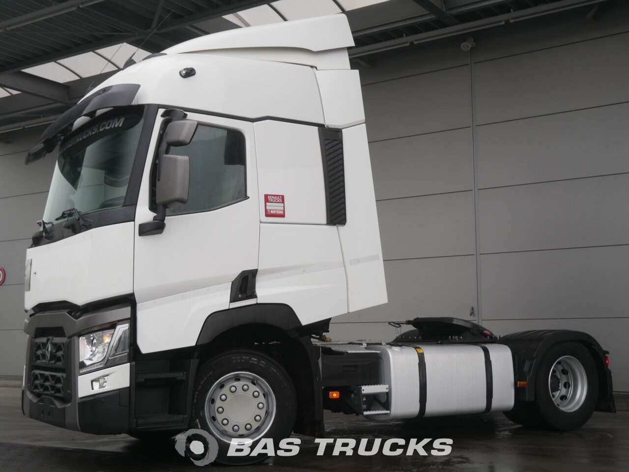 photo of Used Tractorhead Renault T 460 4X2 2015