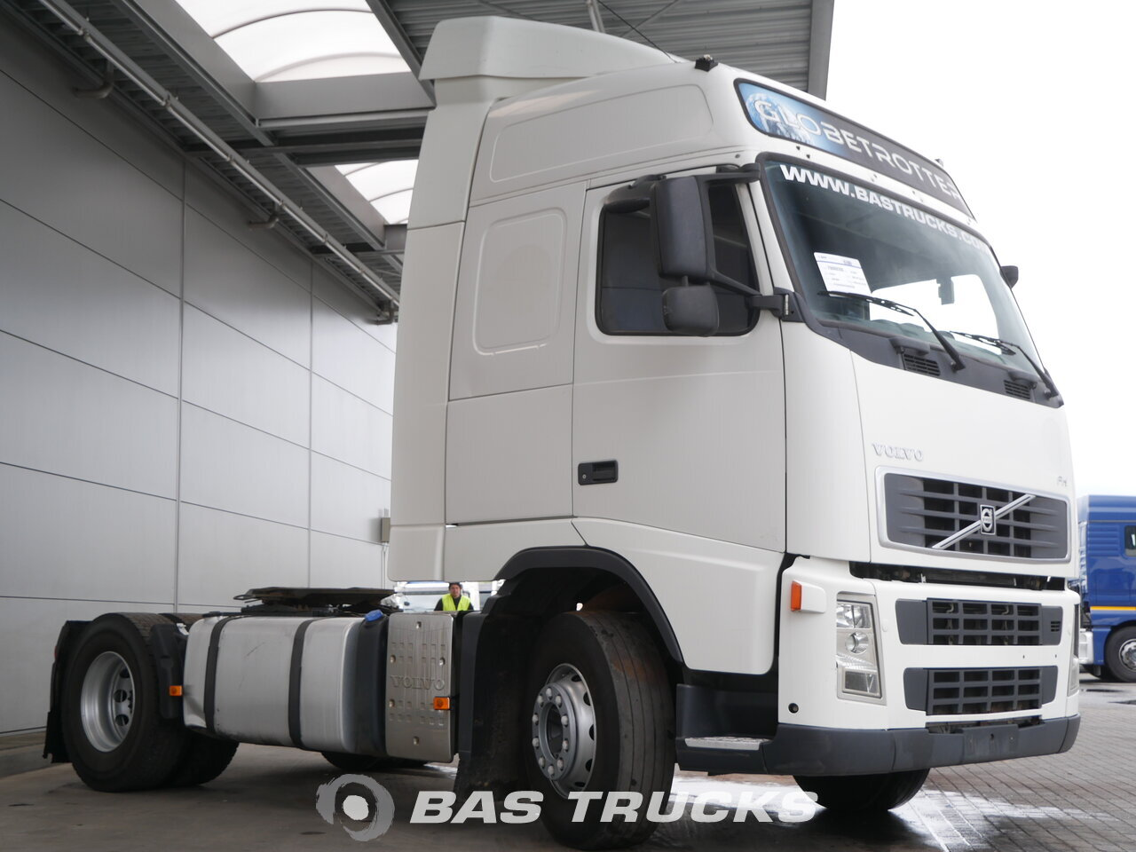 photo of Used Tractorhead Volvo FH 400 4X2 2007