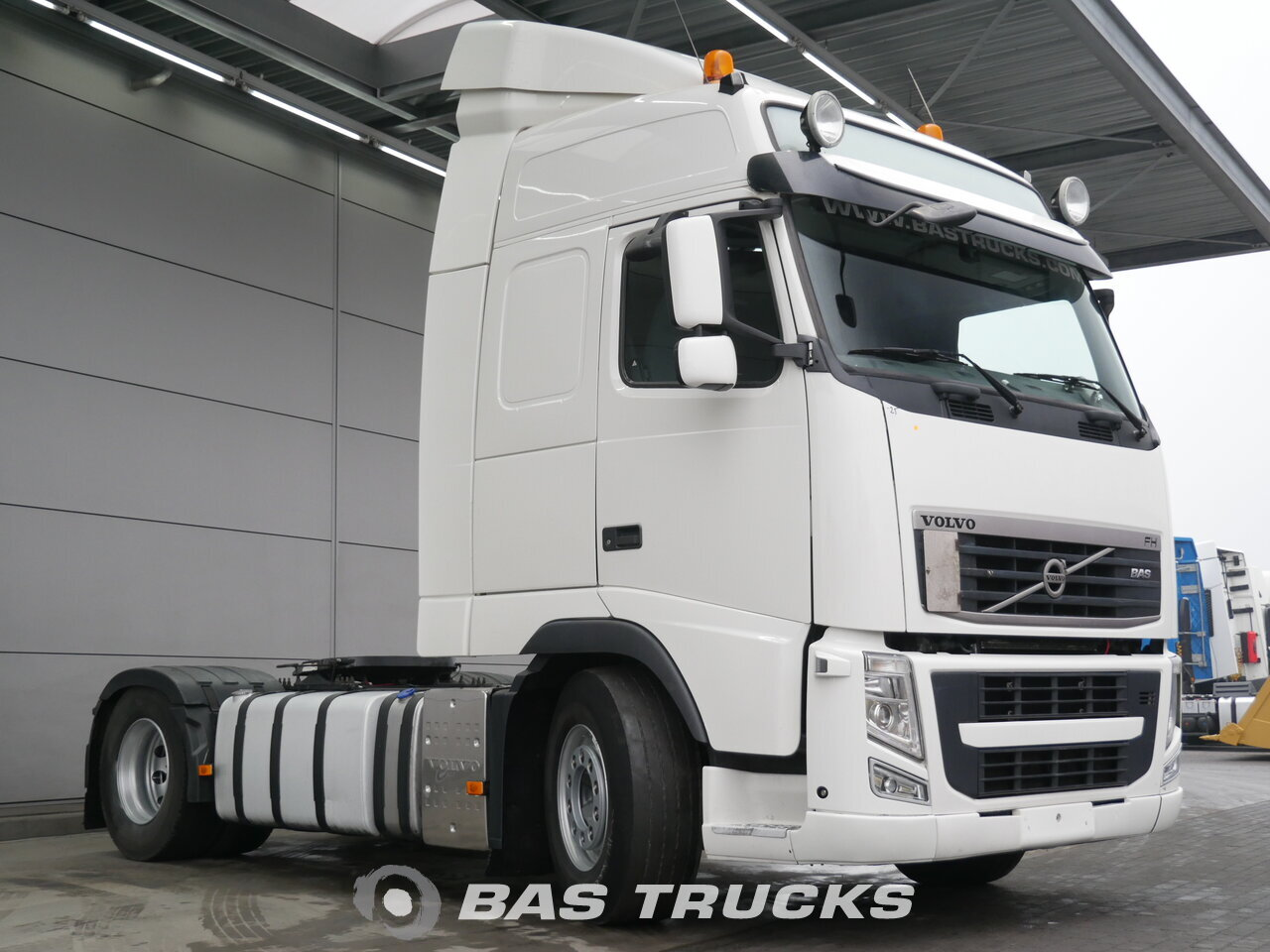 photo of Used Tractorhead Volvo FH 420 4X2 2012
