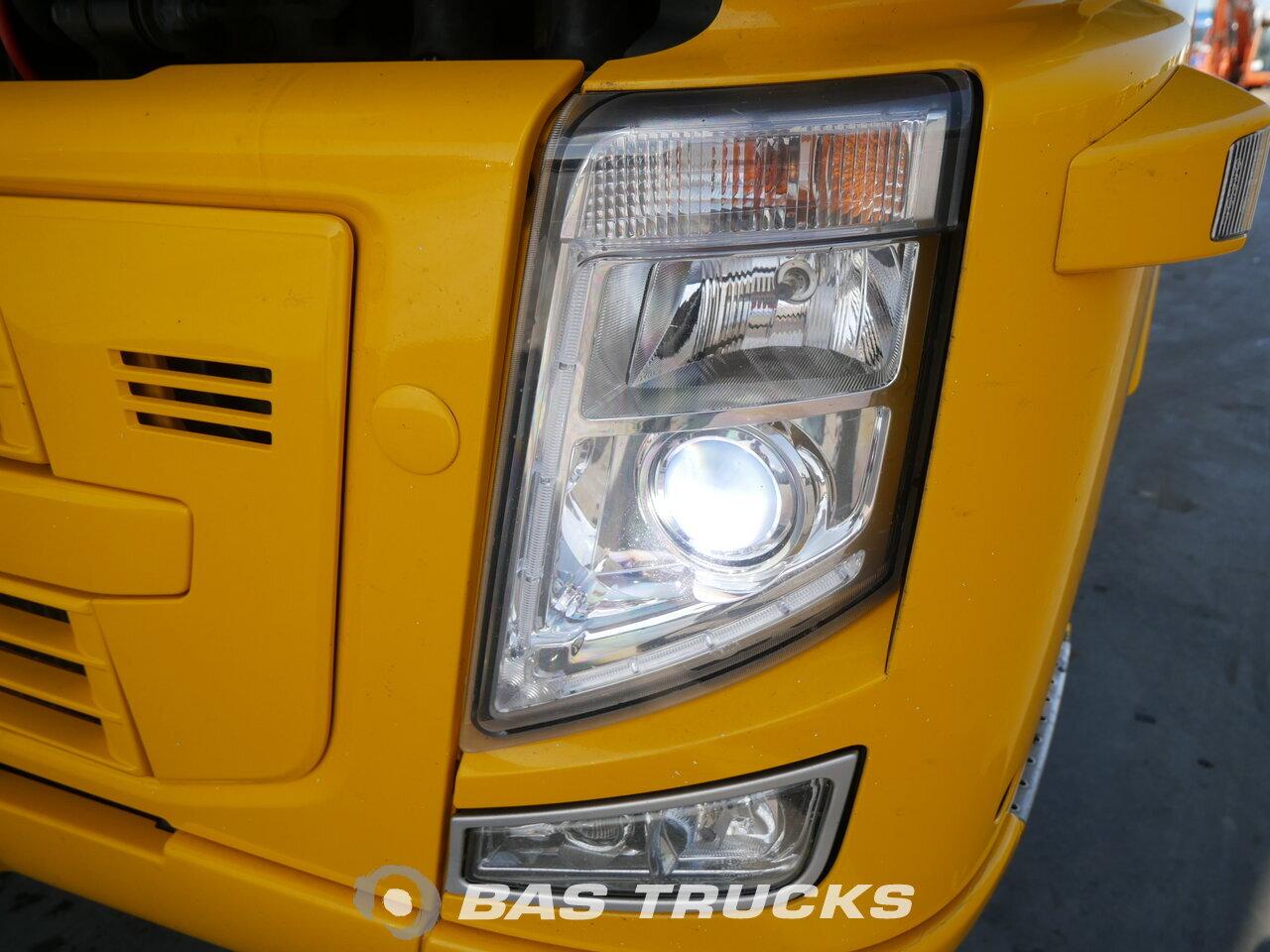 photo of Used Tractorhead Volvo FH 440 XL 4X2 2008