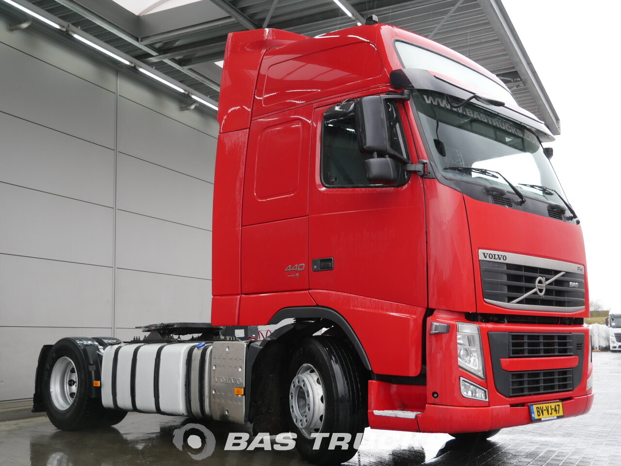photo of Used Tractorhead Volvo FH 440 XL 4X2 2009