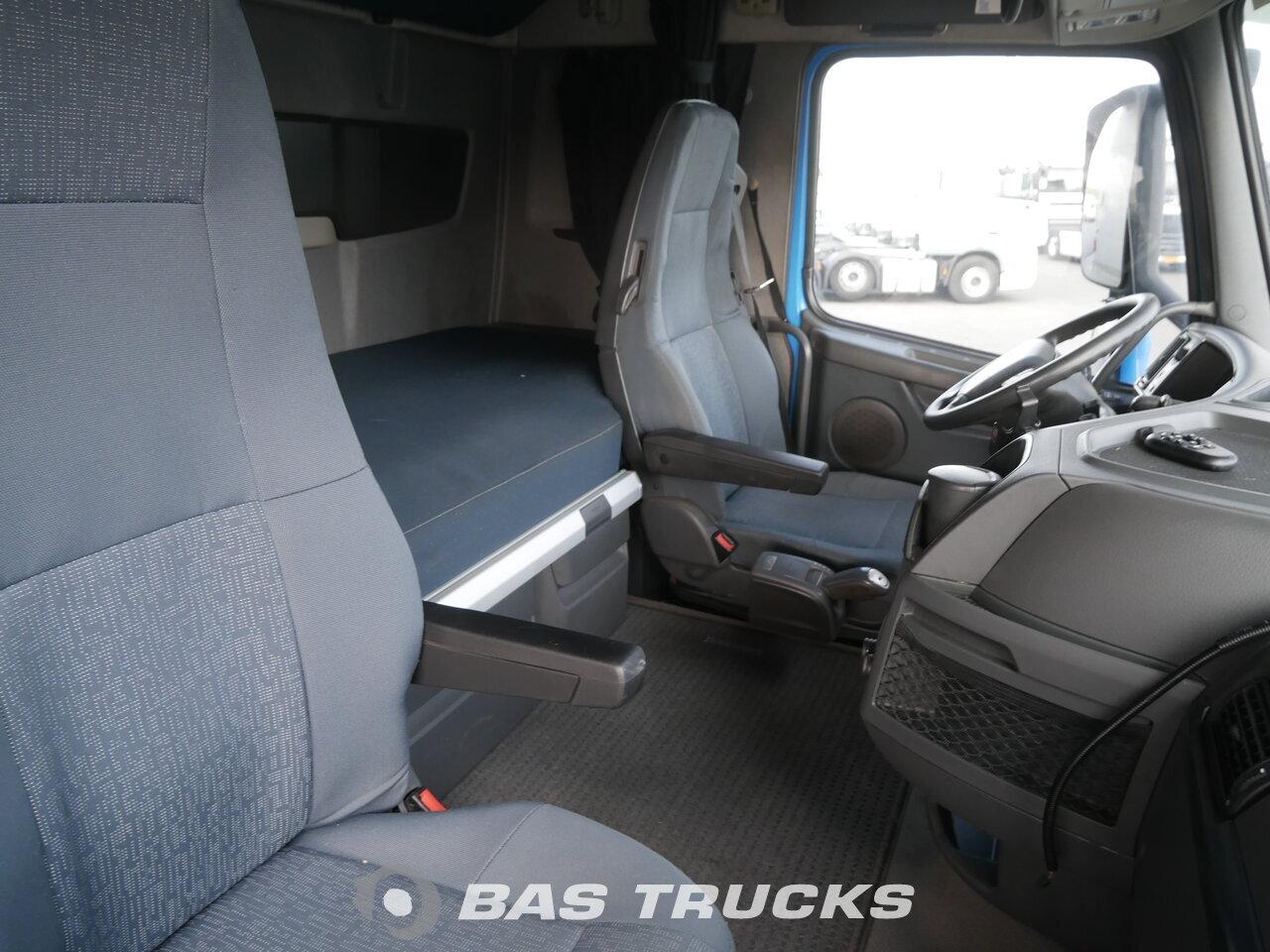 photo of Used Tractorhead Volvo FH 460 4X2 2011