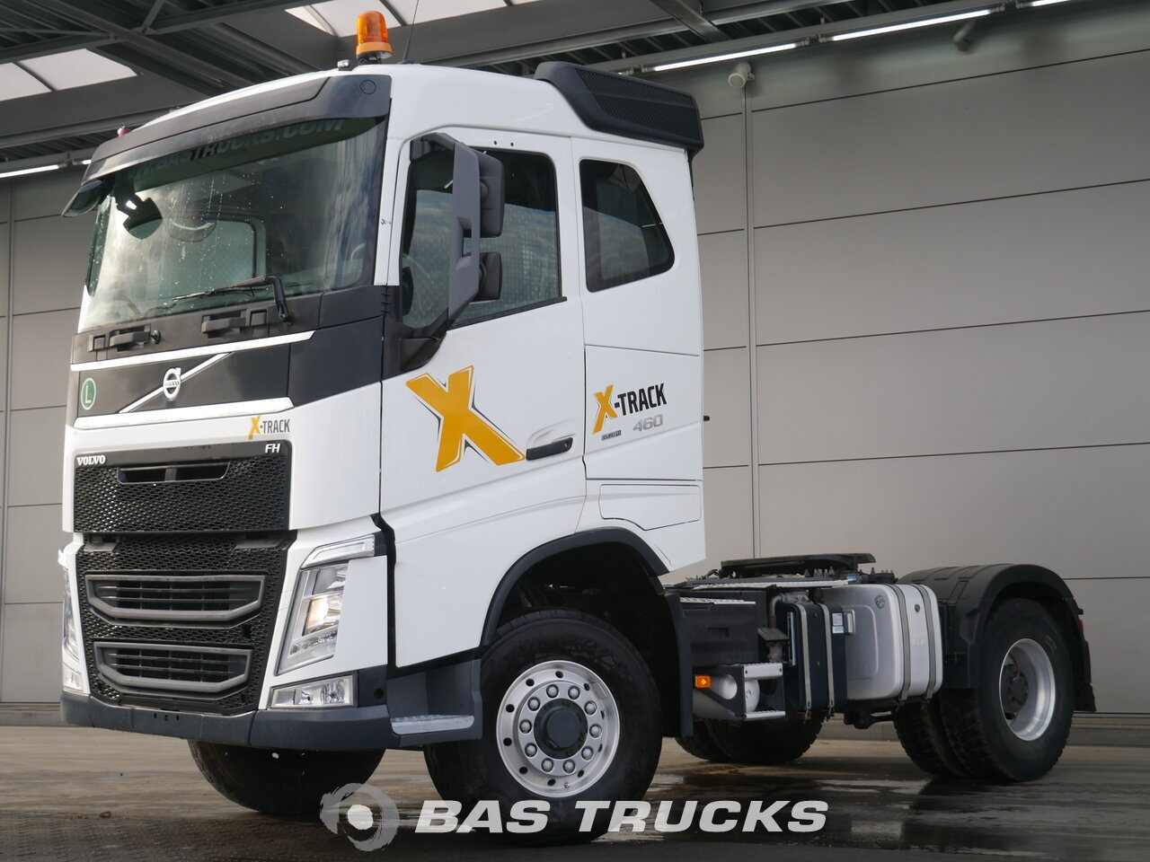 volvo fh 460 4x4 unfall fahrbereit tractorhead bas trucks. Black Bedroom Furniture Sets. Home Design Ideas