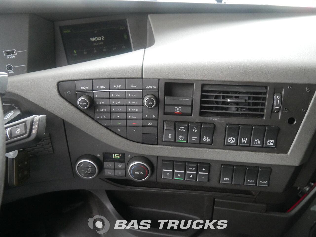 photo of Used Tractorhead Volvo FH 460 Unfall Fahrbahr 6X2 2015