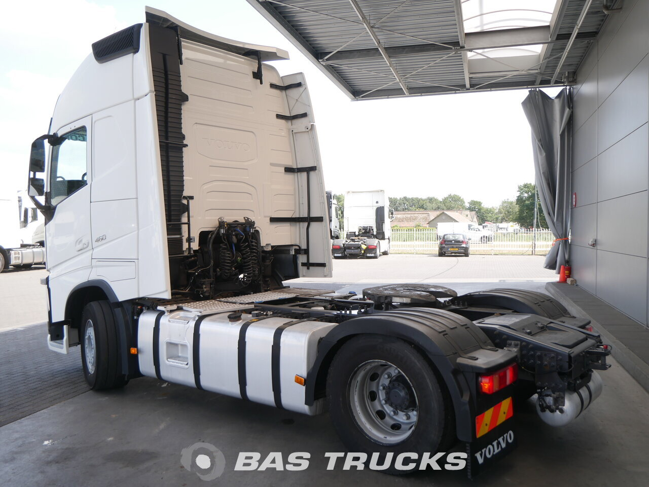 photo of Used Tractorhead Volvo FH 460 XL 4X2 2015