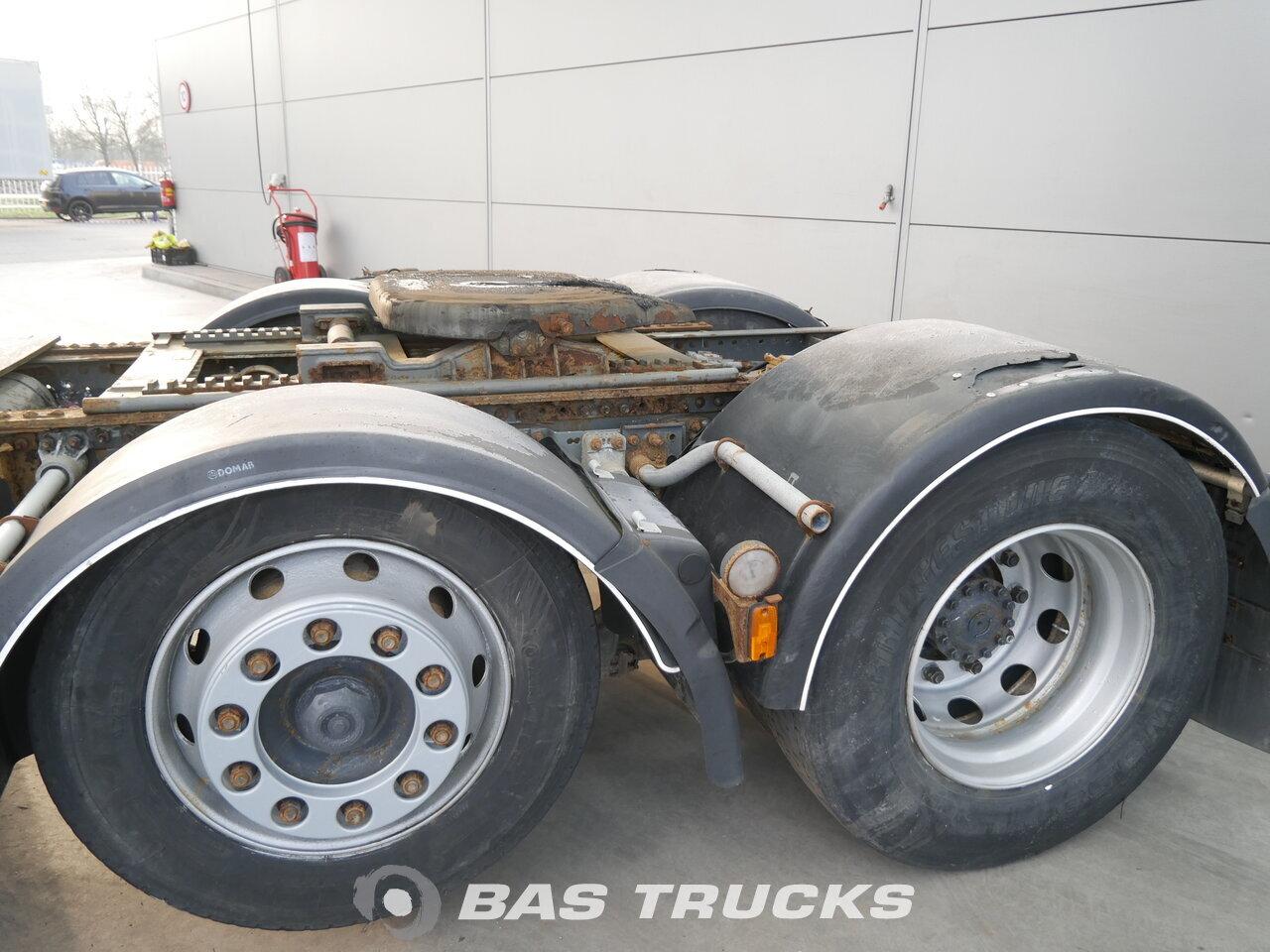 photo of Used Tractorhead Volvo FH12 460 6X2 2001