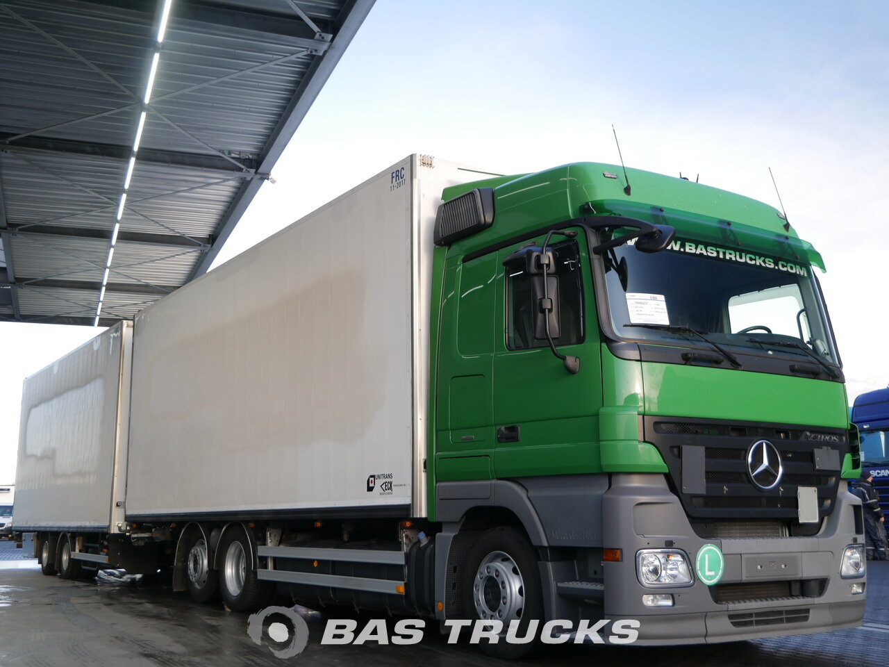 photo of Used Truck + Trailer Mercedes Actros 2544 L 6X2 2008