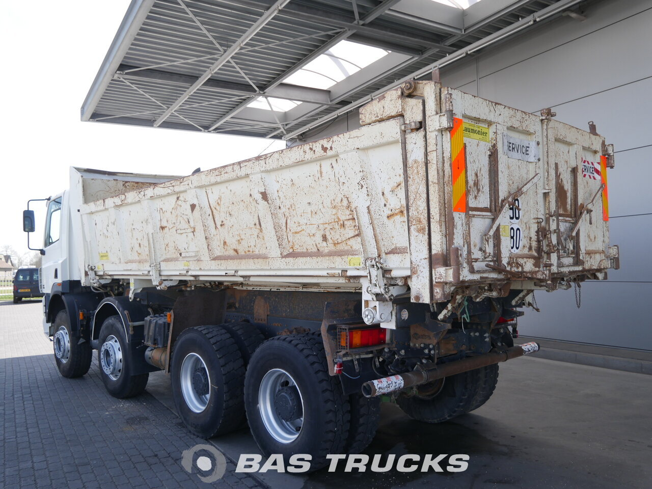 photo of Used Truck DAF CF85.430 8X4 2006
