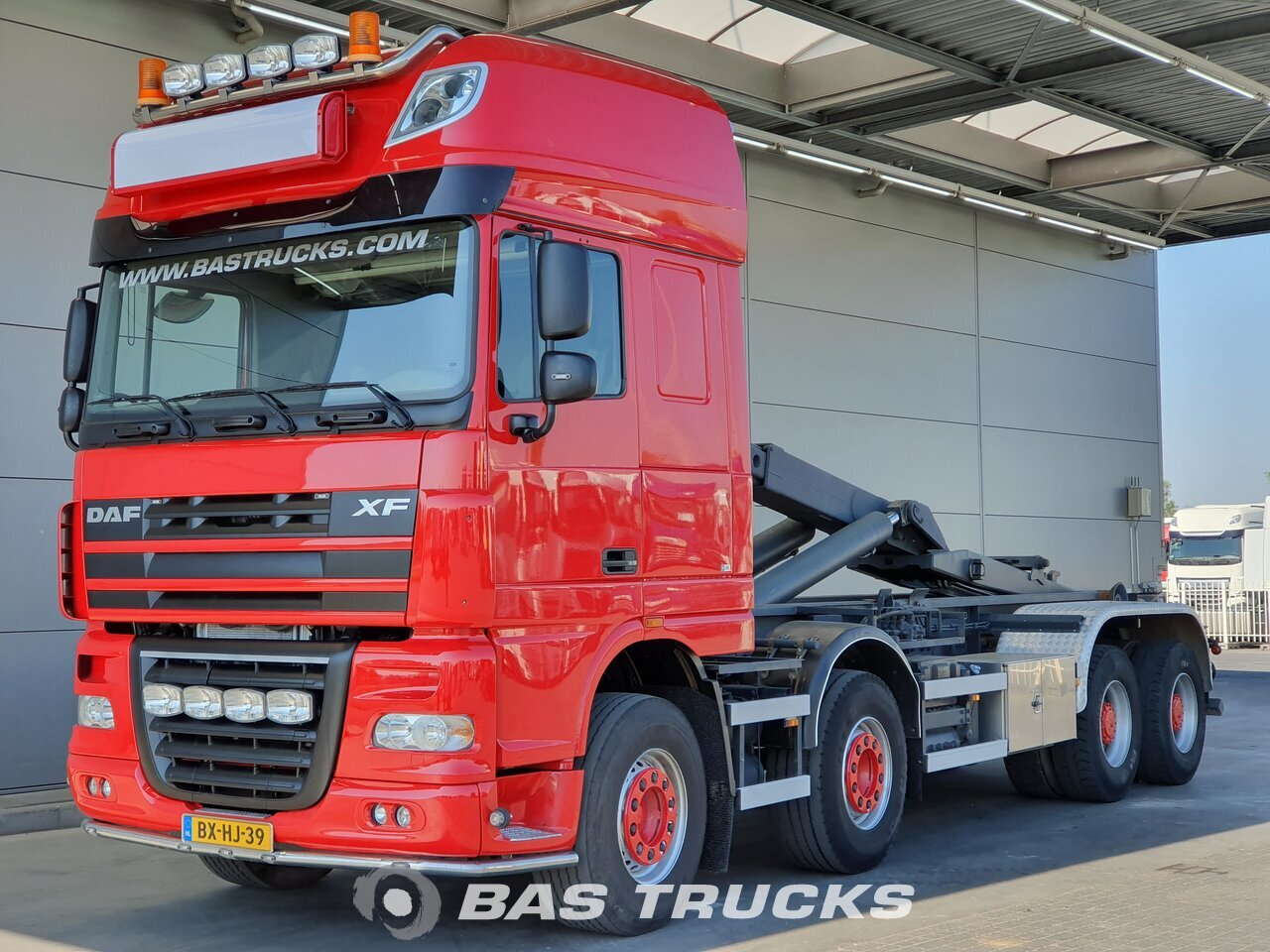 For sale at BAS Trucks: DAF XF105 510 8X4 01/2010