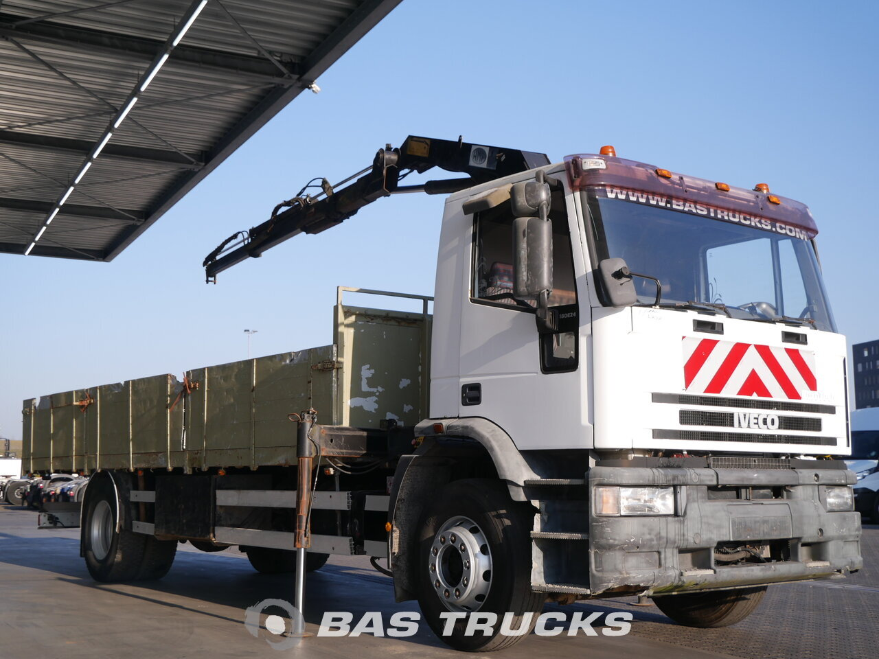 photo of Used Truck IVECO EuroTech 180E24 4X2 1995