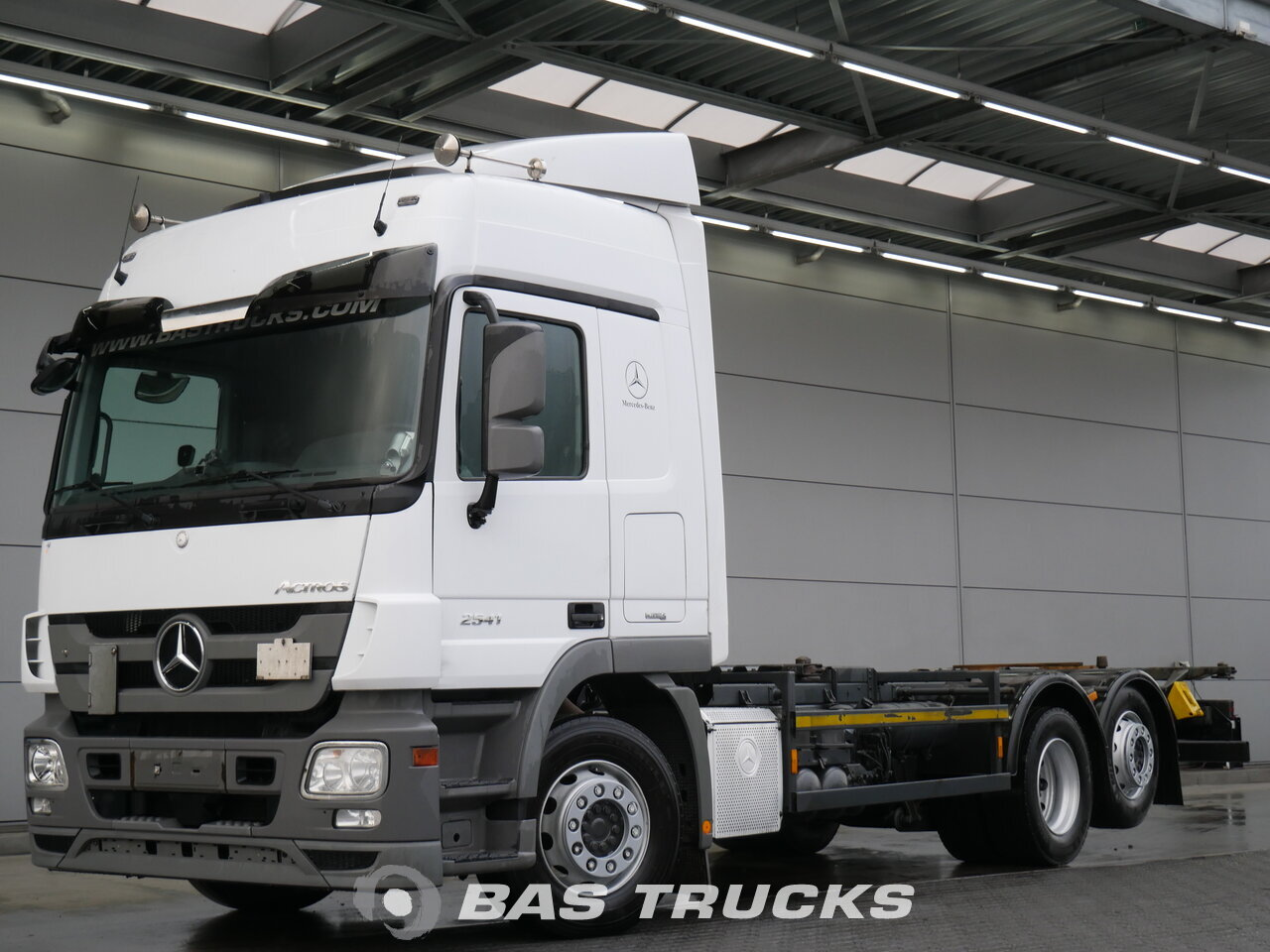 photo of Used Truck Mercedes Actros 2541 LS 6X2 2011
