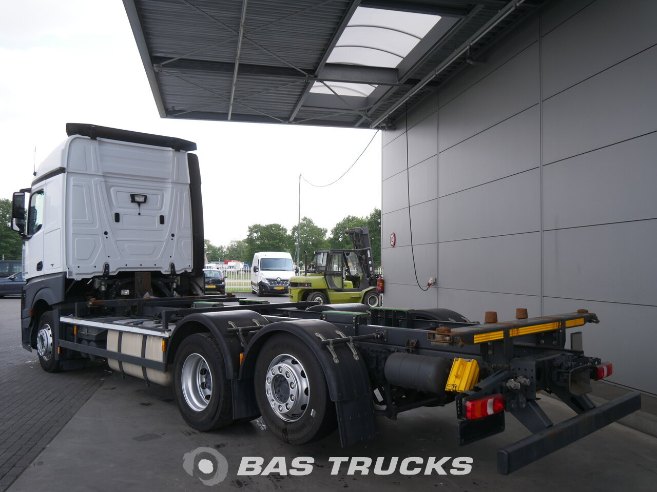 photo of Used Truck Mercedes Actros 2542 LL 6X2 2014