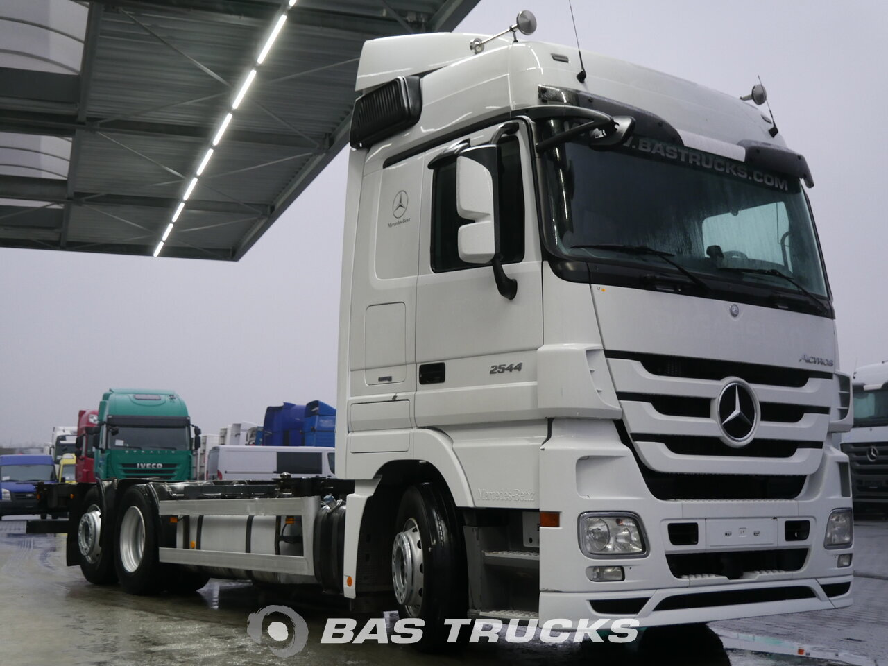 photo of Used Truck Mercedes Actros 2544 L 6X2 2010